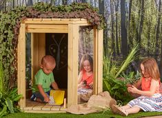 This Wooden Outdoors Fun Pod comes with four different surfaces for writing, drawing or painting! Two chalkboards, a whiteboard, acrylic and a mirror! Wooden Garden, Wooden Diy, Kids Outdoor Spaces, Kids Den, Outdoor Classroom, Outdoor Learning, Child Love, Rustic Style, Diy For Kids
