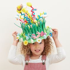 square Get Springy with this spectacular Easter bonnet and use pipe cleaners to send these tiny critters sky high! There is a huge selection of Easter toppers to chose from to decorate your bonnets to the max. A great value craft for all the family. Crazy Hat Day, Crazy Hats, Easter Activities, Easter Crafts For Kids, Diy St Valentin, Easter Hat Parade, Boyfriend Crafts, Diy Ostern, Valentine's Day Diy