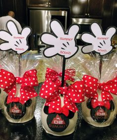Chocolate Apples, Candy Apples, Candy Buffet, Buffets, Deli, Cake Pops, Minnie Mouse, Decor Ideas, Treats