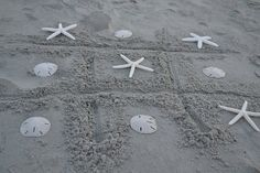 Love this: a beachy game of tic tac toe at dusk! (think I'd use plastic shells tho) Coastal Pictures, Beach Fun, Beach Babe, My Pool, Yard Games, Tic Tac Toe, Low Country, Beach Cottages, Coastal Living