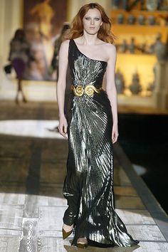 Roberto Cavalli Fall 2005 Ready-to-Wear Fashion Show - Karen Elson