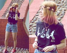 Jodie Ward - Second Hand Retro Round Glasses, Second Hand Brown Leather Belt, Second Hand Beatles Tee, Dip Dye Hair, New Look Flower Head Band, Topshop Sunshine Pendant, Converse Red, D.I.Y/ Second Hand Shorts - D-d-d-d-don't let me die young. ✞ | LOOKBOOK