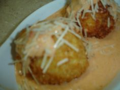 Cheesecake factory Fried Mac and Cheese balls in cream sauce recipe