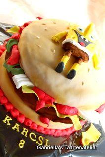 Weer een #hamburger #spongebob #taart