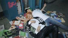 Tae falling asleep on Jimin's arm (1/3)