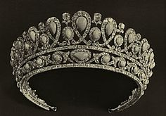 """The Romanovs Jewelry ~Turquoise kokoshnik diadem. Made about 1895. In the tiara, 54 turquoises described in the 1898 inventory as """"Oriental"""" (Persian?) set in solid gold; Brazilian diamonds set in silver with """"little golden galleries & leaves."""" The parts can be separated. Present whereabouts unknown, sold by The Soviets after 1927."""