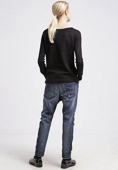 Diesel EAZEE Jeans Relaxed Fit 0844T - Amazing Price