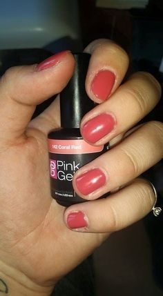 Pink Beauty Club shared Rianne de Vries's photo Zoooo blij  #142 coral red , geslaagde 1e keer !