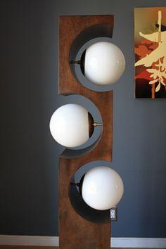 Lamp Makeover 78 - All For Decoration Modern Lighting, Lighting Design, Lamp Light, Light Up, Diy Luz, Wood Floor Lamp, Floor Lamps, Lampe Retro, Lamp Makeover