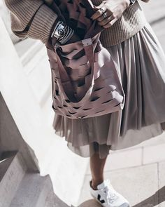 Bag 💥 All pink, loving this bag made by @annchastylist 💕 #bag #dirtygrey #ootd