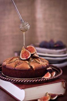 honeyed-fig-cake - http://www.playfulcooking.com/cakes-cupcakes-muffins/honeyed-fig-cake/