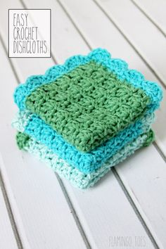 A free crochet pattern of easy dish cloths. Do you also want to crochet these dish cloths? Read more about the Free Crochet Pattern Easy Dish Cloths. Crochet Kitchen, Crochet Home, Love Crochet, Crochet Gifts, Knit Crochet, Crochet Flowers, Crochet Braid, Unique Crochet, Double Crochet