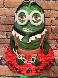 Hulk minion birthday cake