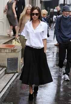 Белая+рубашка,+черная+юбка+и+ботильоны+(17).JPG (634×925)