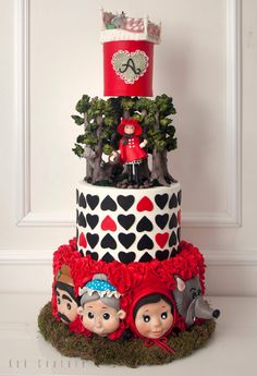 Little Red Riding Hood Cake by Kek Couture - kekcouture.com