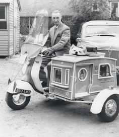 Dog sidecar  via http://theoldmotor.com