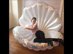 Giant Inflatable Shell Pool Float New Design 2019 Summer Water Air Bed Lounger Clamshell With Pearl Seashell Scallop Board Mermaid Theme Birthday, Swimming Pool Water, Mermaid Room, Giant Inflatable, Water Toys, Water Play, Pool Toys, Floating, The Little Mermaid