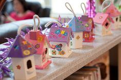 Fairy party activities, let the kids put stickers on fairy houses