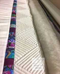 Today I am going to show you how I stitched out this border on one of my quilts! I love texture! And th…
