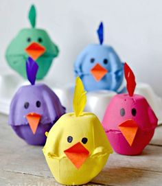 Spring Chicks Egg Carton Craft - Typically Simple Using something old, making something new! These super cute egg carton chicks are the perfect kids' craft for spring. Need excellent ideas about arts and crafts? Spring Crafts For Kids, Easter Crafts For Kids, Toddler Crafts, Diy For Kids, Kids Fun, Children Crafts, At Home Crafts For Kids, Easter Decor, Summer Crafts