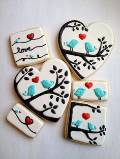 love bird cookies. so adorable! I know these are cookies, but they would be adorable as nail art! | Decorated cookies | Pinterest
