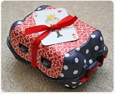Painted egg carton,  paper & card.  How cute! !