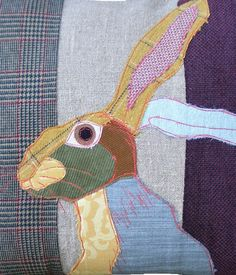 This is a wonderful wool/felt rabbit to use on some of my projects. Applique Cushions, Wool Applique, Embroidery Applique, Fabric Art, Fabric Crafts, Sewing Crafts, Sewing Projects, Free Motion Embroidery, Free Machine Embroidery