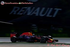 Ecclestone llama a Renault a entrar en la F1 como equipo  #F1 #Formula1