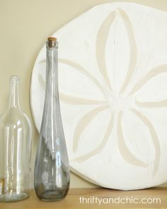 Thrifty and Chic: Pottery Barn Knock-off Oversized Sand Dollar..  Love it!!! maybe for the bedroom when we remodel in there :-)
