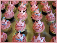 princess theme cupcakes and cakes | Amanda's Custom Cakes: Princess Cupcakes!