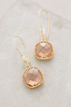 pretty caramel drop earrings are a perfect last minute gift