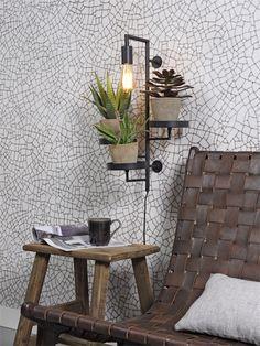 Combo Design is officieel dealer van It's About RoMi ✓Florence plant holder/wandlamp makkelijk te bestellen ✓ Verschillende kleuren beschikbaar ✓ Gratis verzending (NL) Florence, It's About Romi, Ladder Decor, Usb, Shelves, Interior, Black, Home Decor, Design