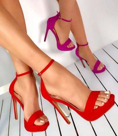Pin by Fashion For Womens High Heels on Stiletto Heels in 2019 Hot High Heels, High Heels Stilettos, Sexy Heels, Strappy Heels, Womens Shoes Wedges, Womens High Heels, Designer High Heels, Heels Outfits, Stiletto Boots