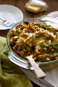 baked rigatoni with creamy squash sauce, spinach, turkey, and cheese (minus the turkey)