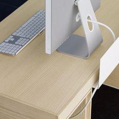 Veta, design by Antonio Arola for AG Land, office furniture manufacturer