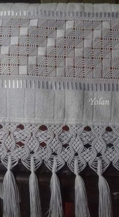 Pulled thread embroidery with Macramé boarder. Types Of Embroidery, Hand Embroidery Designs, Embroidery Patterns, Cross Patterns, Macrame Patterns, Hardanger Embroidery, Embroidery Stitches, Broderie Bargello, Swedish Weaving