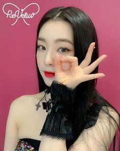 Korean Beauty, Asian Beauty, Red Velvet Photoshoot, Red Valvet, Irene Kim, Ethereal Beauty, Red Velvet Irene, Queen Bees, Kim Yerim
