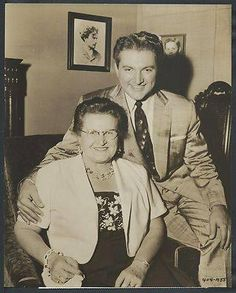 Władziu Valentino Liberace better known as Liberace and his mother Frances Zuchowska.