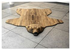 Wooden Bear Rug - A Interior Design Into The Woods, Deco Design, Wood Design, Wood Projects, Woodworking Projects, Project Projects, Woodworking Plans, Japanese Woodworking, Woodworking Store