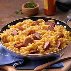Skillet Mac and Cheese & Kielbasa - I say throw some veggies in this bad boy, and you've got a whole meal in one skillet! Fewer dishes = college student stamp of approval. Plus I just bought some spicy kielbasa yesterday that I think would be perfect for something like this...
