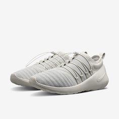2af2b6dcd0c7eb NikeLab Payaa Unisex Shoe (Men s Sizing). Nike.com 100
