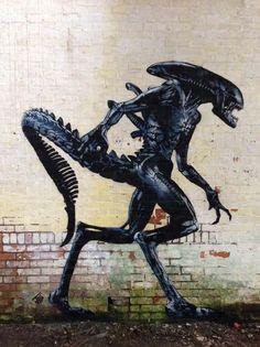 Alien street art by JPS | stunning urban art, graffiti art, street art