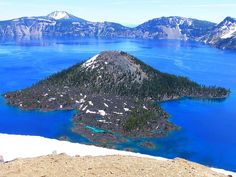 Crater Lake in Oregon, US Bryony Robertson of Silsden, West Yorkshire