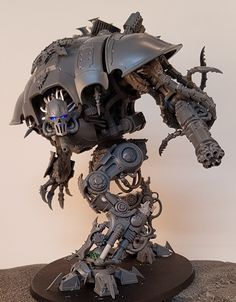 A Renegade Knight WIP by Septimus Clegg. Woah what a wonderful convertion Warhammer 40000, Warhammer Art, Warhammer Models, Warhammer 40k Miniatures, 40k Imperial Guard, Imperial Knight, Chaos Legion, 40k Armies, Knight Models