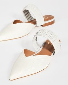 Think flat wedding shoes are not as elegant as heels? We've rounded up our favorite ballet pumps, flat peep-toes and bridal sandals. Bridal Sandals, Bridal Shoes, Wedding Shoes, Pumps, Heels, Ballet, Flats, Elegant, Chic