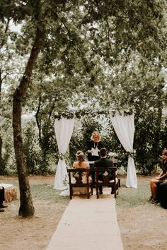Hugo + Caral |Quinta da Eira, Portugal – Grace Charlotte Portugal, Wedding In The Woods, Wedding Ceremony, Charlotte, Table Decorations, Home Decor, Getting Married, Forest Wedding, Decoration Home