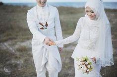 Awesome Muslim Wedding Dresses Malay wedding... Check more at http://24myshop.ml/my-desires/muslim-wedding-dresses-malay-wedding-2/
