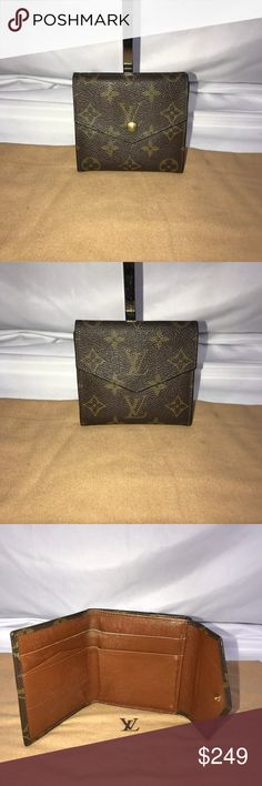 Authentic Louis Vuitton Monogram Bifold Wallet Excellent condition mono LV Wallet. Approximate dimensions are 4.25 inches long and 4.25 inches tall. Please see all photos. No trades please. Louis Vuitton Bags Wallets