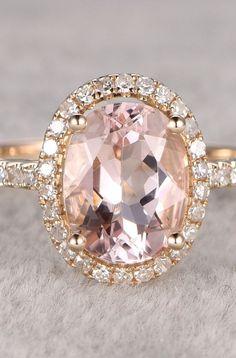 Morganite Engagement ring in Yellow gold