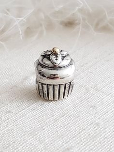Authentic Pandora Cupcake Two-Tone Charm Sterling 14K Gold Cherry Hallmarked S925 ALE Item#790417 RETIRED Sweet 16/ Cupcake Girl/ Bday NWOT Sweet 16 Cupcakes, Cupcake Quotes, Pandora Collection, Decorative Leaves, Bday Girl, Floating Charms, Daughter Of God, Coffee Quotes, Pandora Charms